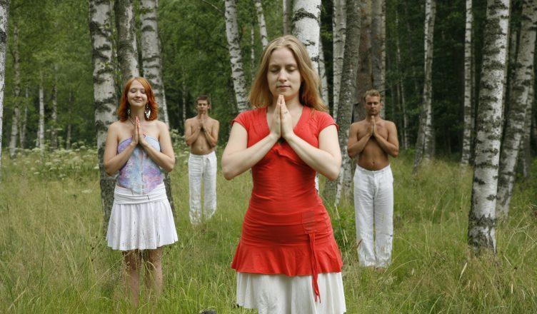 prarthanasana-menwomen